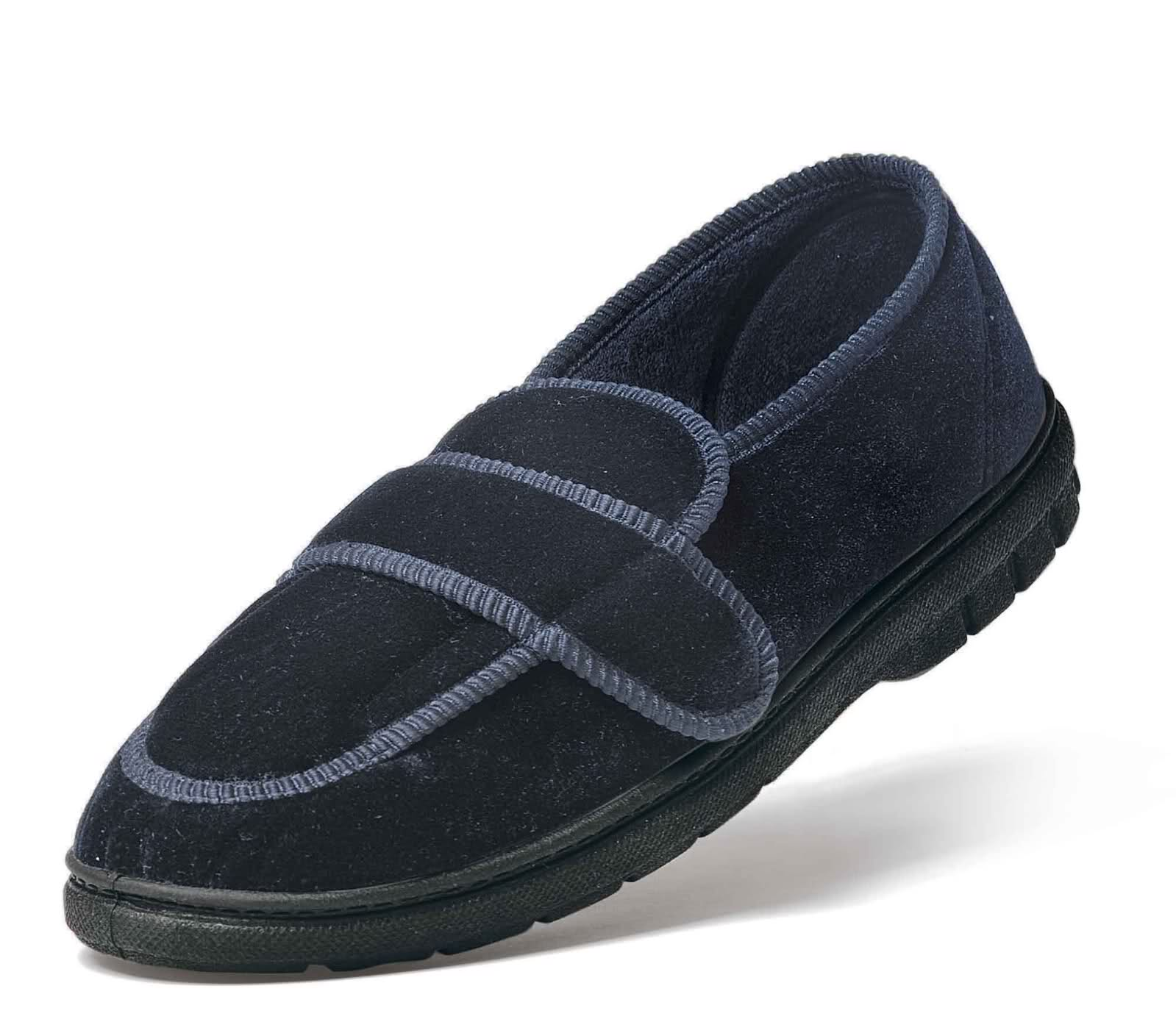Peaks Walking Shoes