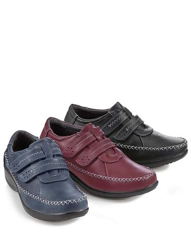 Comfort Plus Wide 'E' Fit TouchFastening Shoe