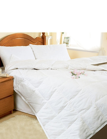 Downland Goose Feather & Down 4 Seasons Duvet Set.